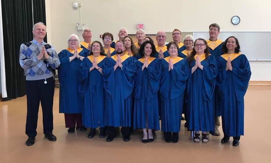 Community Church Choir performs in Playmakers'
